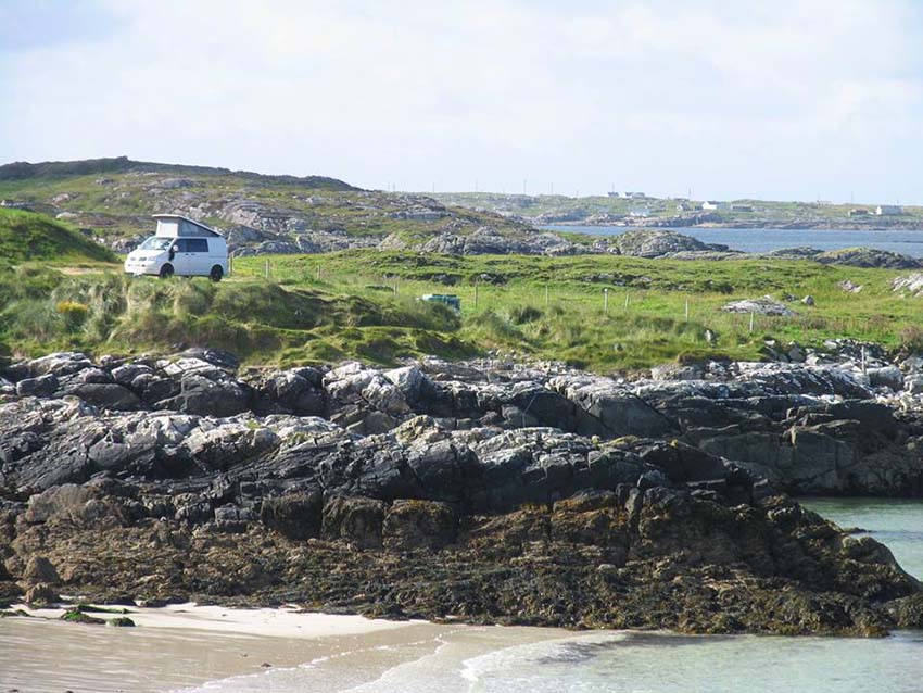 Lazy Days VW Camper Eco Campsite Clifden