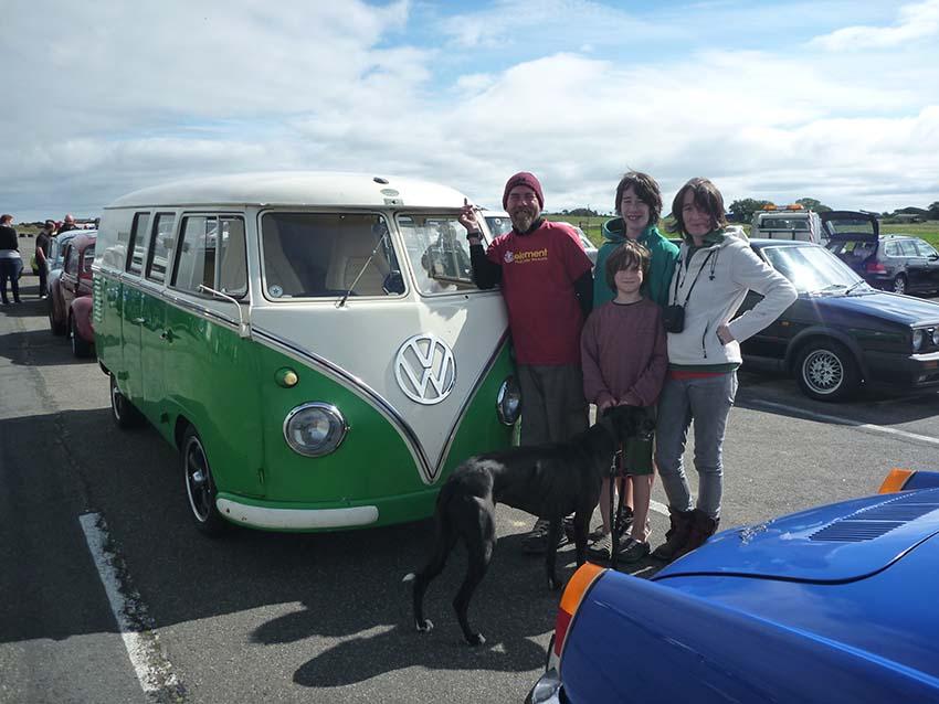 Lazydays vintage VW vans racing